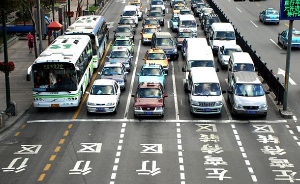 الصين تصدر قرار هام جدا لتشجيع تصنيع السيارات الأجنبية على أرضها