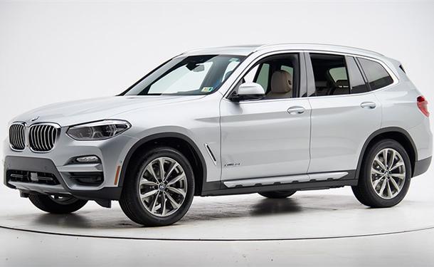 شاهد: موديل 2018 من BMW X3 يفوز بأعلى تقييم باختبارات الأمان