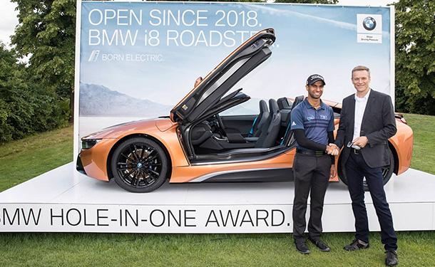 شاهد: بضربة واحدة.. لاعب جولف يفوز بسيارة BMW i8