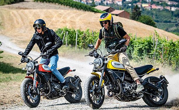 شاهد: دراجة دوكاتي سكرامبلر 2019 النارية تنطلق من إيطاليا بقوة 67 حصان