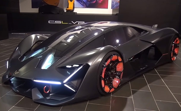 شاهد: أندر سيارات صنعتها لامبورجيني بجولة داخل متحف الشركة في إيطاليا