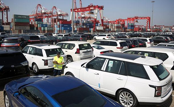 تعرف على العوامل المؤثرة على سعر السيارات المستوردة في مصر