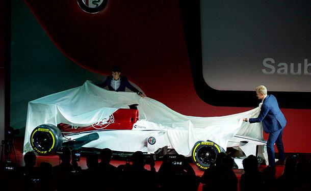 شاهد: الكشف عن سيارة ألفا روميو الجديدة ببطولة فورمولا 1