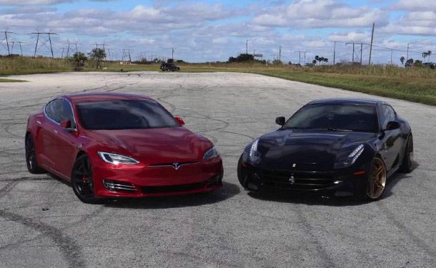 شاهد: فيراري FF تواجه تسلا موديل S الكهربائية في سباق سحب