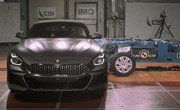 سياره BMW Z4