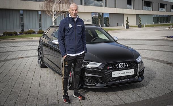 أودي تسلم لاعبي ومدرب فريق ريال مدريد لكرة القدم سياراتهم المجانية الجديد