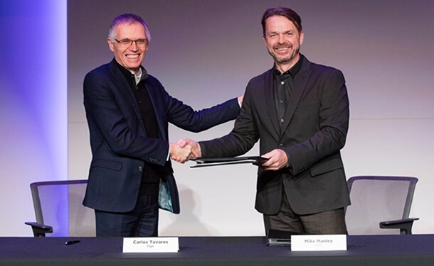 توقيع عقد اندماج مجموعتي بيجو-سيتروين وفيات-كرايسلر