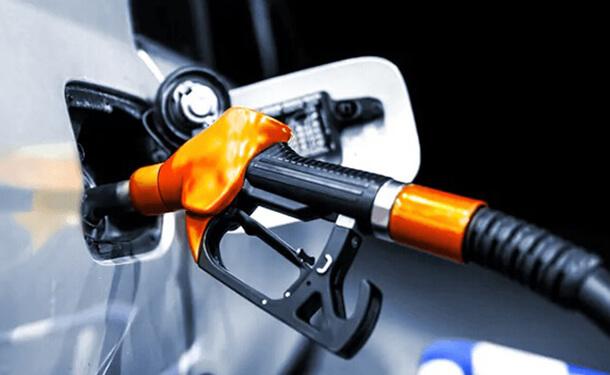 الحكومة تثبت اسعار الوقود بمختلف أنواعها في يناير 2020
