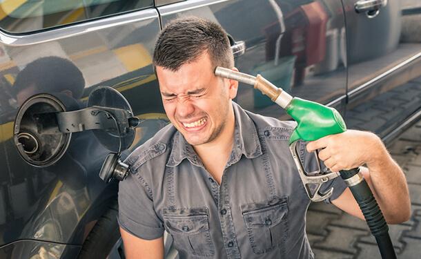 نصائح للتوفير بشكل أكبر في استهلاكك الشهري للوقود
