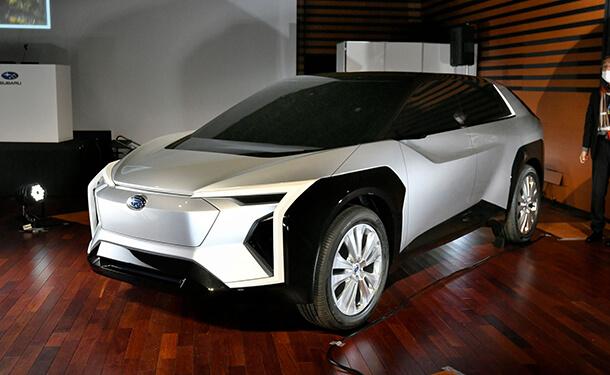 سوبارو تطلق أول صور لسيارتها الكهربائية التي طورتها مع تويوتا