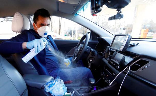 كيف تحمي نفسك داخل سيارتك من فيروس كورونا
