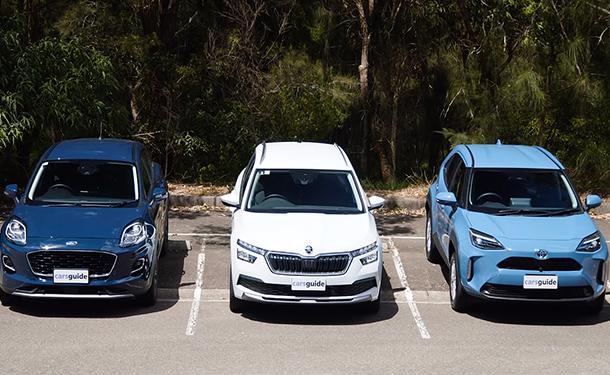 شاهد: من أفضل SUV صغيرة الحجم.. تويوتا ياريس كروس أم فورد بوما أم سكودا كاميك؟