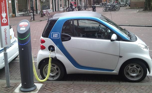 قرار وزاري جديد بتعديل عمر السيارات الكهربائية المستعملة المستوردة من الخارج
