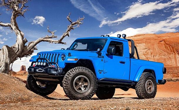 سياره-جيب-ازرق