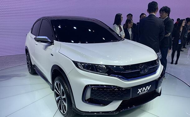 نموذج هوندا X-NV الكهربائي بمعرض شنغهاي 2019 للسيارات