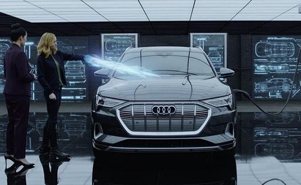 سياره-اودي-E-Tron-كهربائيه-جديد
