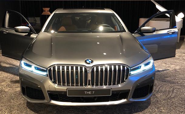 BMW الفئة السابعة