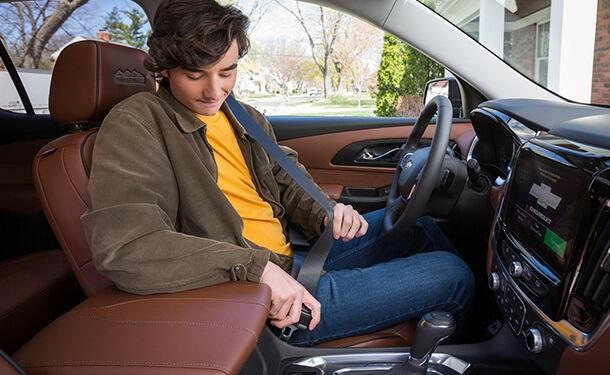 ابتكار من شيفروليه للتذكير باستخدام حزام الأمان