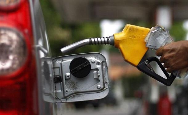 خزان وقود السيارات