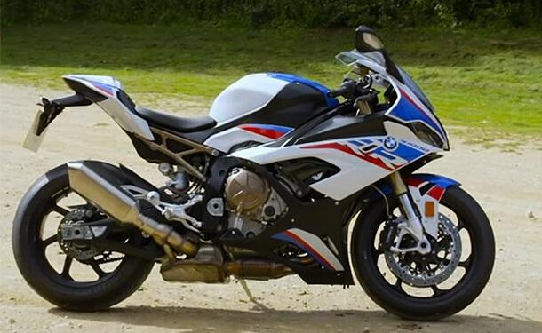 دراجة BMW S 1000 RR