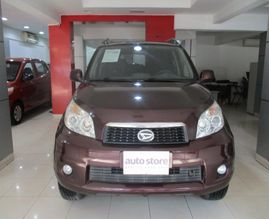 Daihatsu-Grand-Terios-2012-GLX-LTD